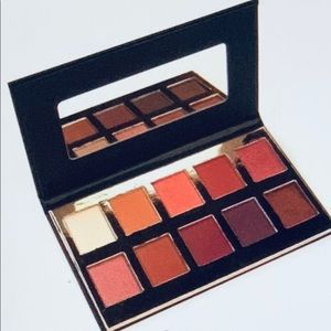 Brand New Crowne Pro Eyeshadow Palette